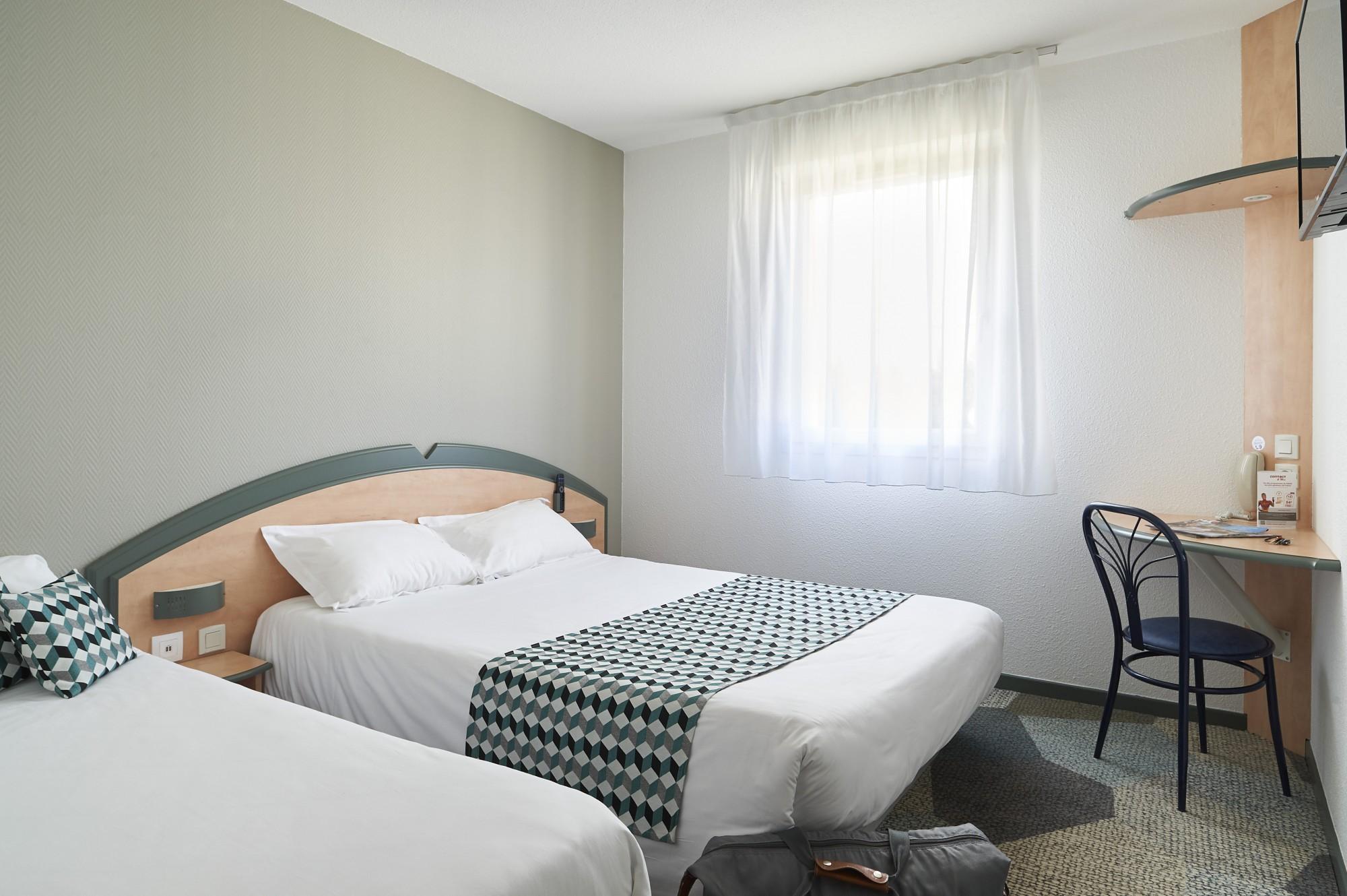 Hotel Pour Famille De 5 Personnes Pas Cher A Bordeaux Hotel Avec